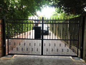 electric gates York